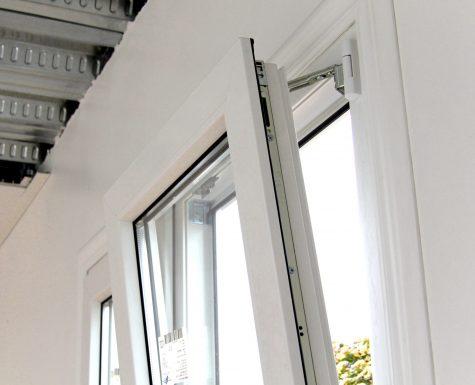 120203 12 Detalle ventana interior oscilobatiente copia